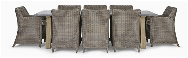 Stanway Bluestone 8 Seater & Stanway Carver Set