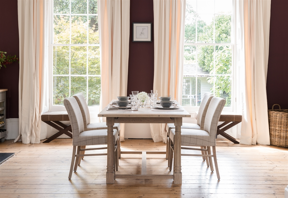 Neptune Edinburgh 6 10 Seater Extending Dining Table