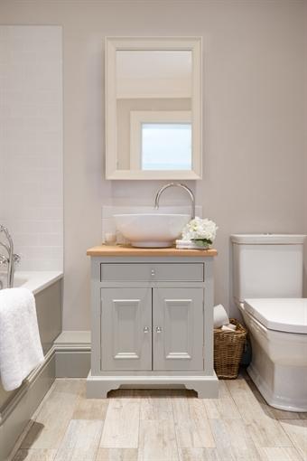 Neptune Chichester Oak Countertop Washstand 640mm