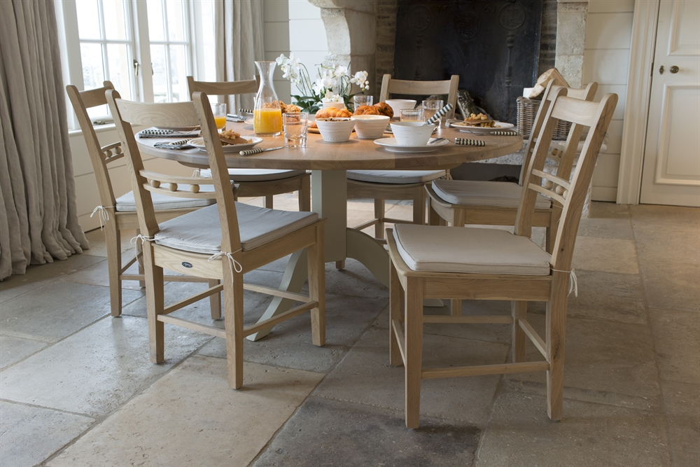 Neptune Chichester Round Dining Table Room Furniture