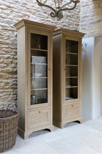 Neptune Henley Glazed Oak Cabinet Dining Furniture